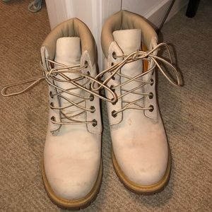 Tan Timberlands! Size 9
